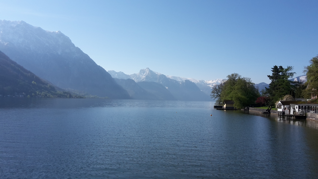Traunsee-Panorama vom Boot aus