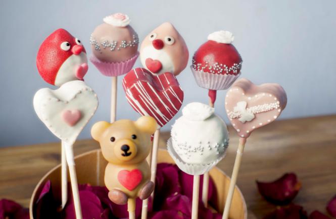 Cake Pops zum Valentinstag_Fotograf Olivia Wimmer