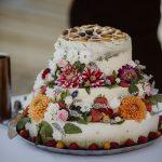 Sommerhochzeit mit französischem Flair Hochzeitstorte