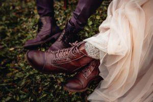 Styled Shoot: Bergverliebt, Wanderschuhe statt Highheels